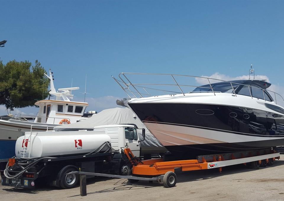 Ανεφοδιασμός σκαφών από την KomisOil